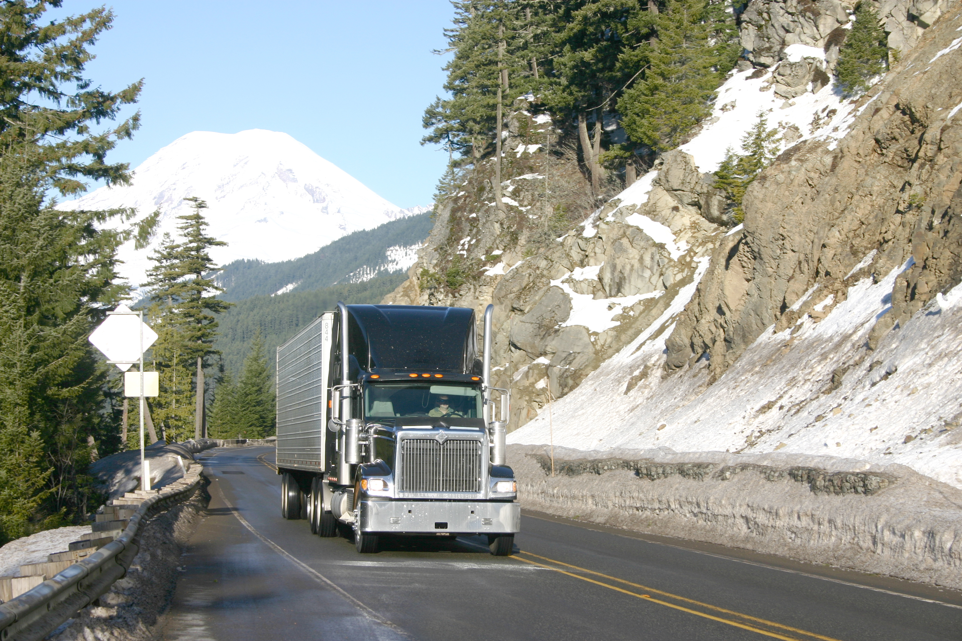 Winter safety tips for truck drivers - Tips For Safe Winter Truck Driving Winter Truck Driving Safety
