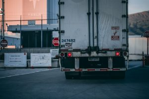 Trucking Safety Tips for Semi-Truck Drivers